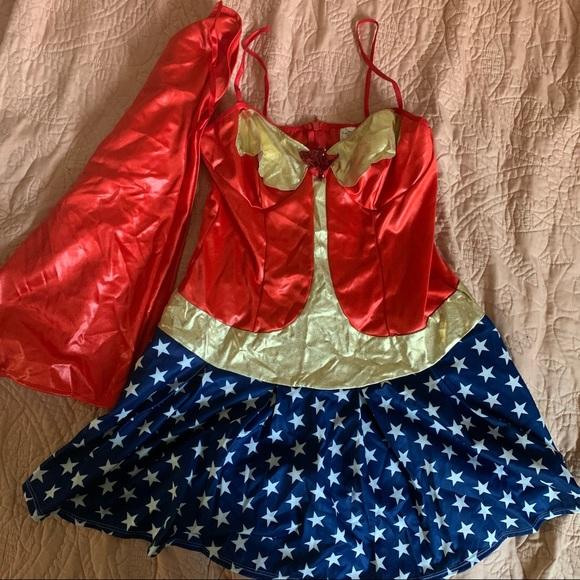 Leg Avenue Wonder Woman Halloween costume